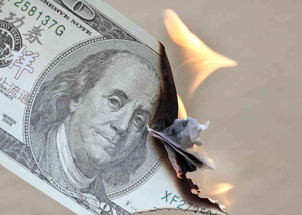 Brennender Dollar