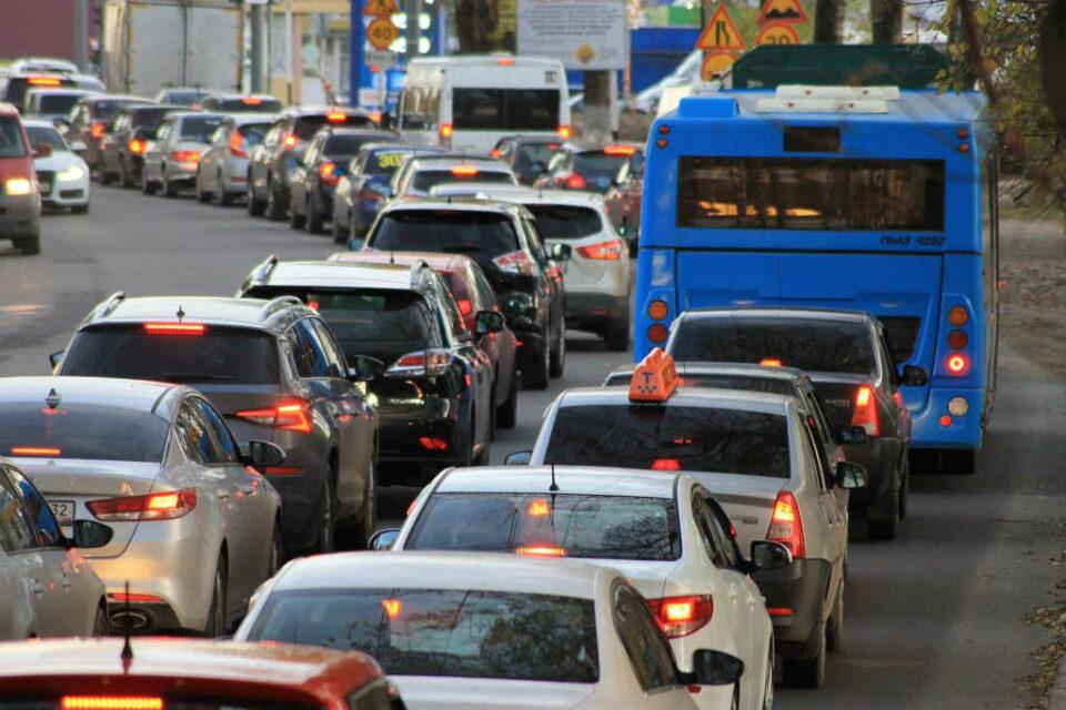 CoinMarketCap Web-Traffic